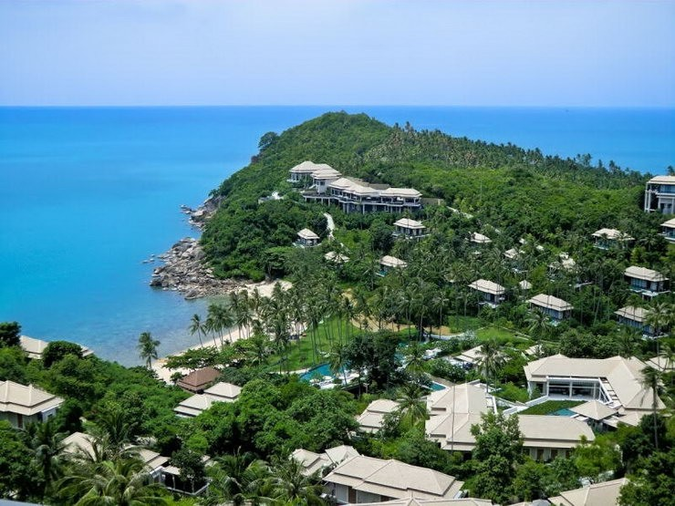 Banyan Tree is a luxury resort situated in the southeastern corner of Koh Samui.