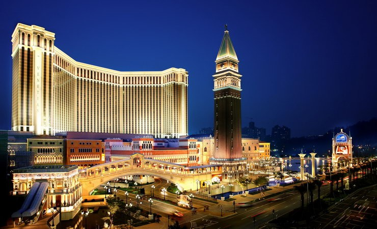 Sands China Ltd. has discontinued its use of plastic straws at all its properties, including The Venetian Macao (pictured)