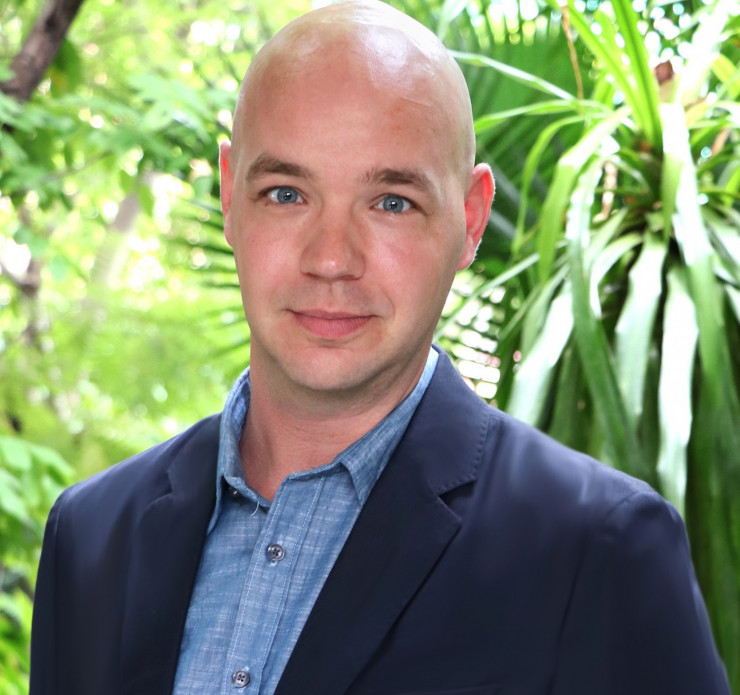 Herman Hoven, Khiri Travel CEO