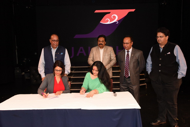 (extreme left) Ms. Preeti Sharma, Vice President, Jalesh Cruises signing the MoU with Mrs. Jyoti Mayal, Travel Agent Association of India (TAAI). Standing in the photo are (from left to right) Mr. Rajiv Duggal, Strategic Advisor, Jalesh Cruises, Mr. Shreeram Patel, Honorary Treasurer, Mr. Lokesh Bettaiah, Honorary Secretary General and Mr. Jay Bhatia, Vice President