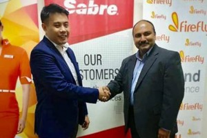 Philip See, CEO, FireFly (left), Rakesh Narayanan, Vice President, Regional General Manager, South Asia and Pacific, Travel Solutions Airline Sales (right)