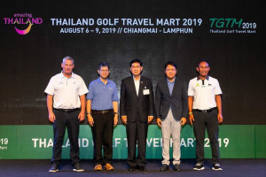 From left: Mr. David Rollo, Vice President of Golf, IMG Events; Mr. Chattan Kunjara Na Ayudhya, TAT Deputy Governor for International Marketing, Asia and South Pacific; Mr. Komson Suwanampa, Vice Governor of Chiang Mai; Mr. Tanes Petsuwan, TAT Deputy Governor for Marketing Communications; and Mr. Thongchai Jaidee, Thai professional golfer