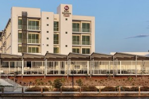 Best Western Plus Oceanside Kawana in Queensland