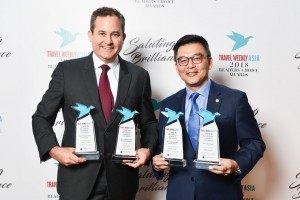 "Mr. Thatcher Brown, President Dream Cruises (left) and Mr. Michael Goh, Senior Vice President – International Sales of Genting Cruise Lines (right) received the ""Best Cruise Line – Cuisine"", ""Best Cruise Line – Entertainment"" and ""Best New Ship (World Dream)"" on behalf of Dream Cruises and ""Best Cruise Line - River Cruise"" on behalf of Crystal River Cruises"