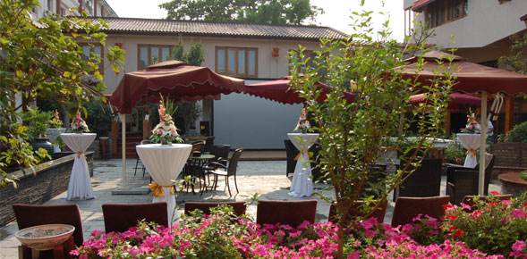 Enjoy the Expedia Insider's Select Red Wall Garden boutique and luxury hotel
